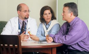 What-to-Do-After-Personal-Injury-at-Work-Talk-with-Doctor