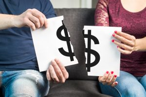 How Filing for Bankruptcy Can Affect Your Spouse